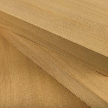 Tablas de madera de bahía