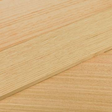 Tablas de madera de eucalipto blanco