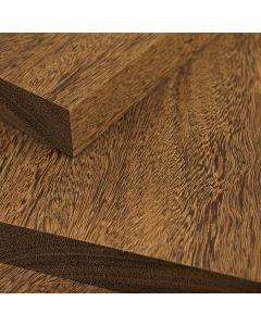 Tablas de madera de sucupira